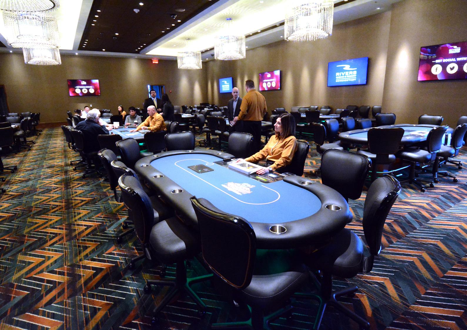 Rivers casino poker room review play free online gladiator slot games